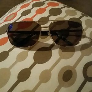 Kenneth Cole sunglasses NWOT